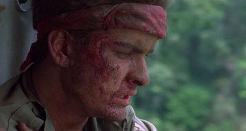 Кадр из фильма «Взвод» (1986 г.)